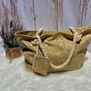 Handbags - NWT Large Summer Tote ⛱⛱🏝